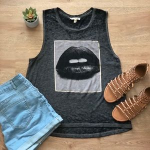 Express One Eleven Lips Graphic Tank